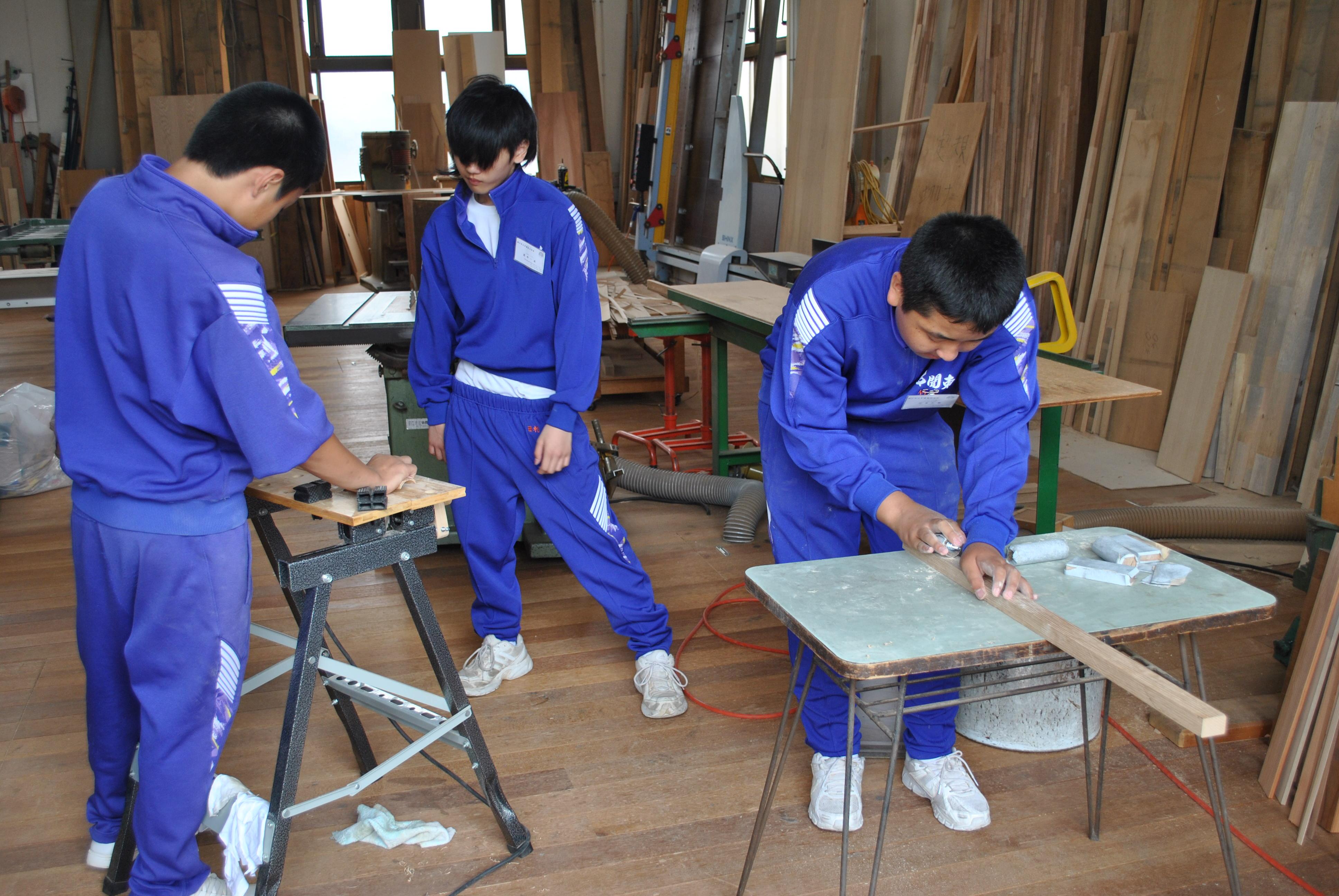 神戸木工センター様 048